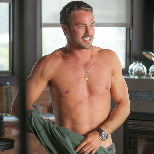 Taylor Kinney sexy muscoli