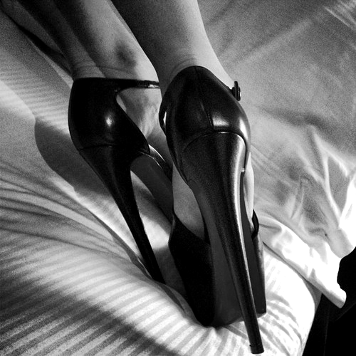 scarpe tacco vertiginoso