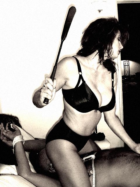 sculaciata paddle spanking