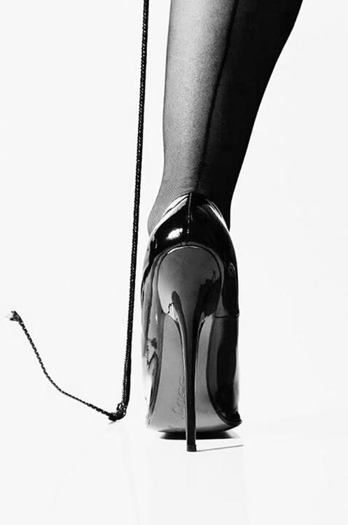 scarpe ecalze vintage del passato con la cucitura