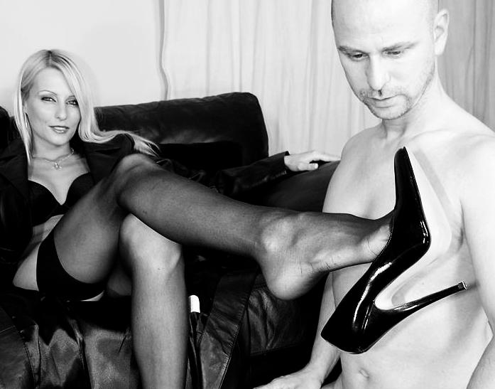 adorazione piedi maschi gay porno