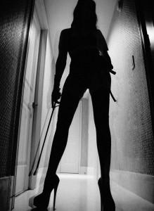 FOTO mistress che mette paura