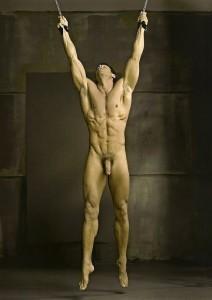 FOTO uomo slave schiavo legato e appeso