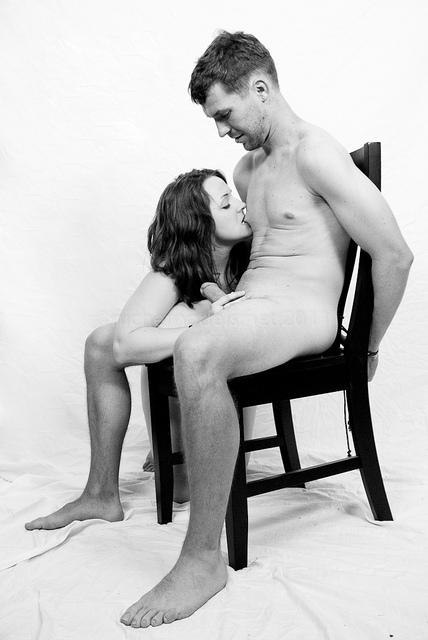 la mia donna mi ha legato e conduceva lei il gioco negandomi l'orgasmo
