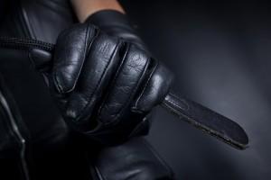 FOTO mistress guanti neri in pelle