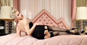 FOTO la mistress ti sta aspettando